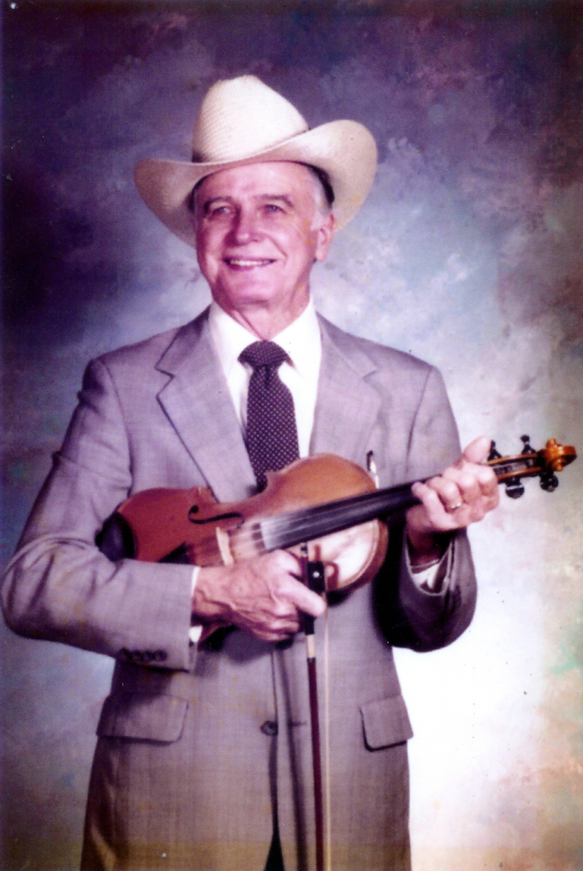 Jim Shumate, a native of Wilkes County, North Carolina, made his name as a young fiddler in the 1940s playing with Bill Monroe's Blue Grass Boys and later with Lester Flatt and Earl Scrugg's Foggy Mountain Boys. As a fiddler, Shumate pioneered innovations that are still admired and studied by musicians today.